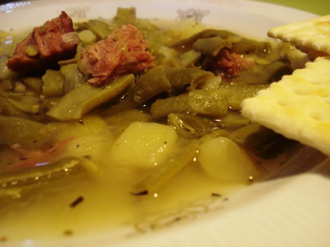 Grüne Bohnen- Eintopf mit Crackern