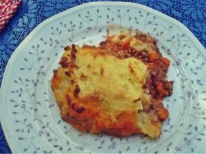 Würzige Fleischfüllung mit knuspriger Kartoffelkruste, das ist der Shepherds Pie