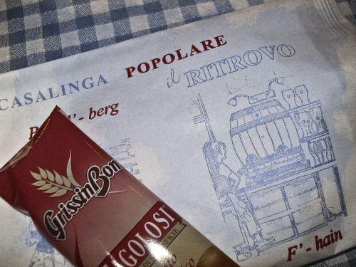Bestecktüte  und Begrüßungs-Grissini im Il Ritrovo