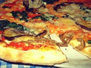 Meine Pizza im Il Ritrovo: Parmigiana