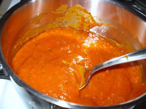 Tomatensoße Napoli für das Meatball Sub