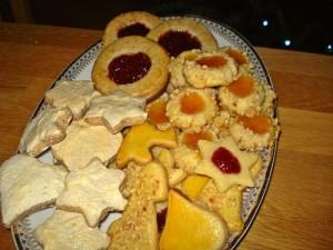 Mein Plätzchen-Quartett zum Advent mit Zimtsternen und Butterplätzchen
