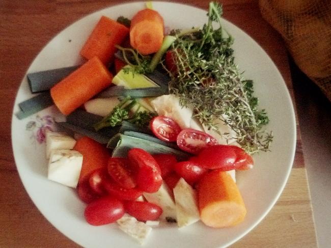 Hausgemachte Gemüsebrühe, garantiert ohne Zusätze