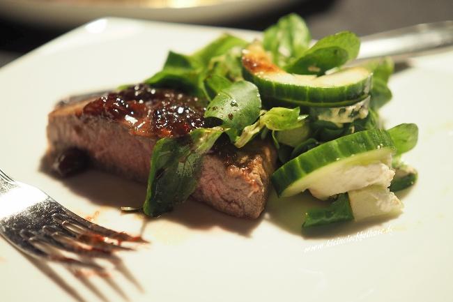 Zwetschgen: Als Soße zu gebratenem Fleisch